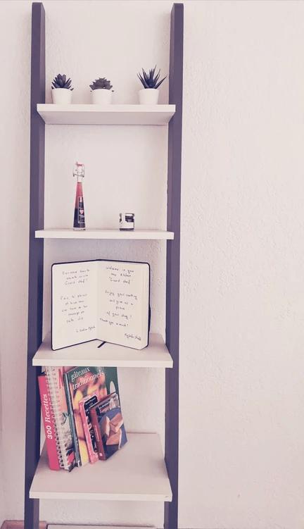 MySofa French Cuisine étagères avec livres de cuisine