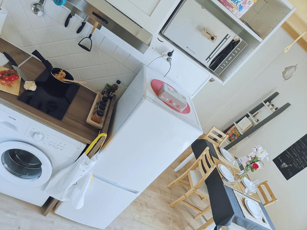 MySofa French Cuisine vue aérienne de la partie cuisine salle à manger