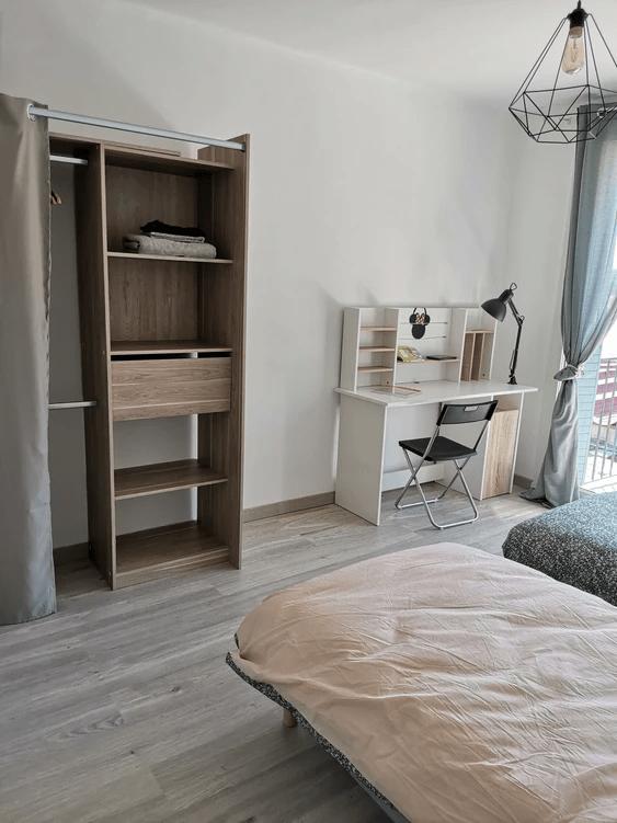 MySofa'mily chambre avec bureau et rangements